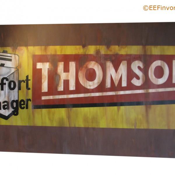 Thomson schilderij op doek, naar aanleiding van verloren gegane muurreclames in Frankrijk. afm. 260x150 cm. Te Koop €1499,-