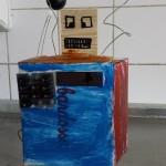 Robot 2 klein 2015